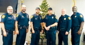 Apopka police officers